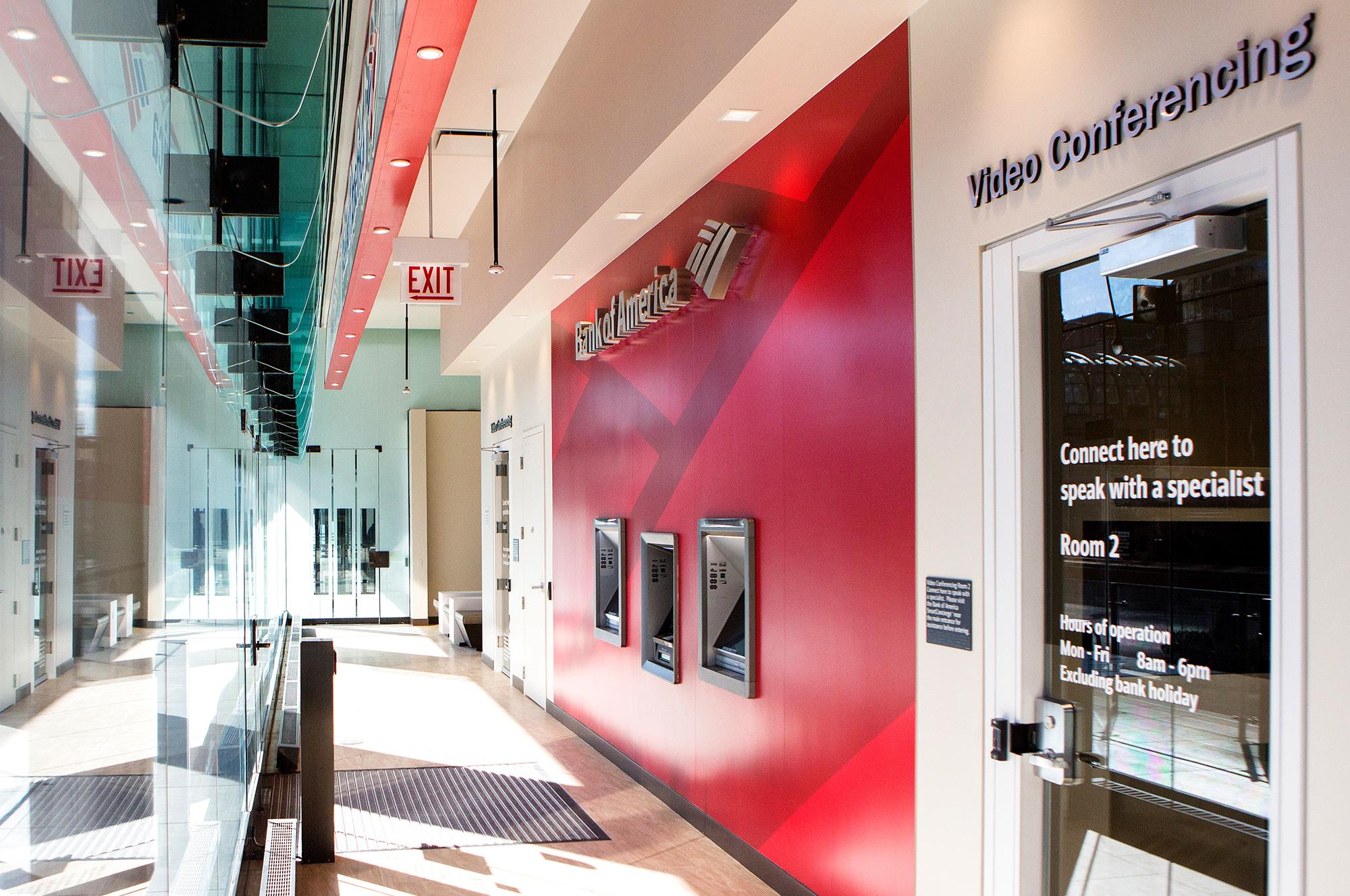 Bank Of America Branch In Chicagos Loop Goes Tellerless