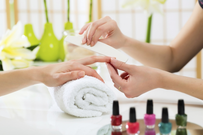 How safe is the nail salon industry in Chicago?